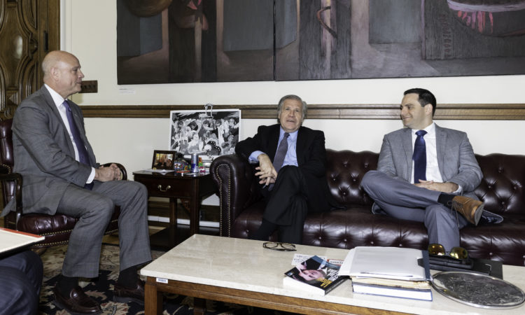 OAS Secretary General Almagro and Ambassador Trujillo, chair of the OAS Permanent Council, meet with Thomas E. Garrett, Secretary General of the Community of Democracies, April 18, 2019.