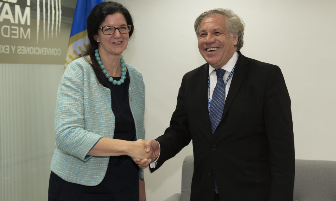 Secretary General Luis Almagro meets with Assistant Secretary of State for Western Hemisphere Affairs Kimberly Breier at the OAS General Assembly, in Medellin, Colombia, June 27, 2019. (OAS Photo)