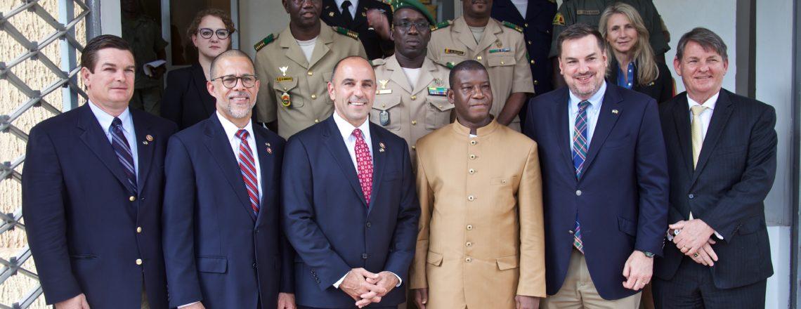 Des Membres du Congrès Américain en Visite à Bamako Soulignent l'Importance dela Stabilité