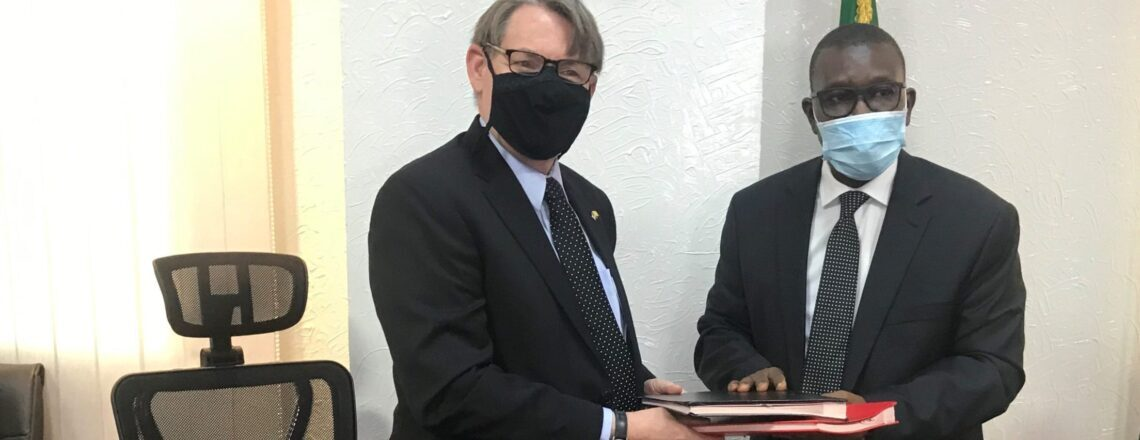 Signature d'accord-cadre pour renouveler la recherche biomédicale entre les EU et le Mali