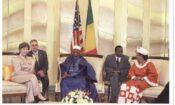 L'ancienne première Dame des États-Unis Laura Bush en visite au Mali