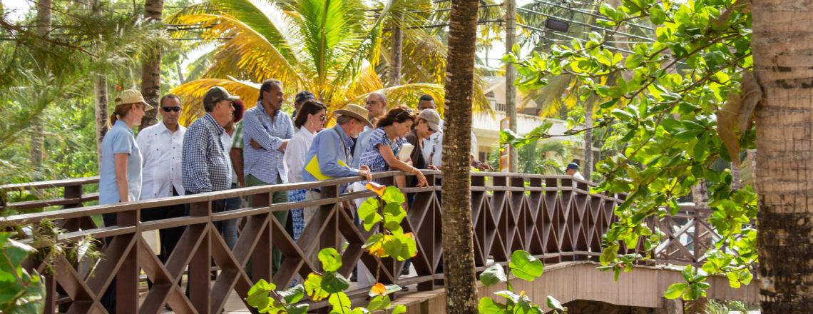 Ambassador Robin S. Bernstein visits communities in Las Terrenas
