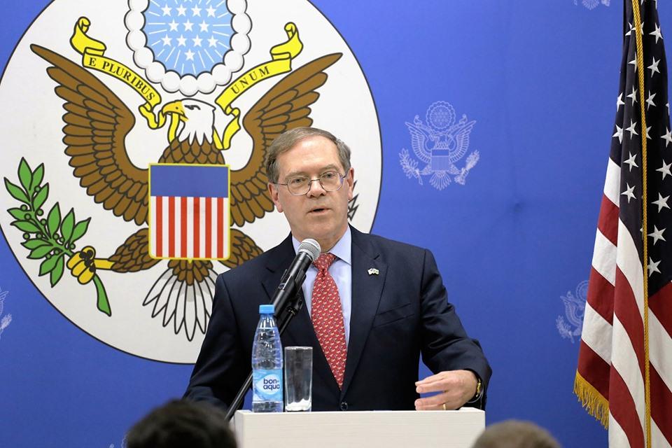 U S Ambassador Lee Litzenberger Met With University Students At The Baku American Center U S Embassy In Azerbaijan