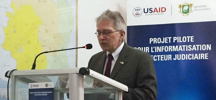 L'Ambassadeur des Etats-Unis Terence McCulley pendant son discours