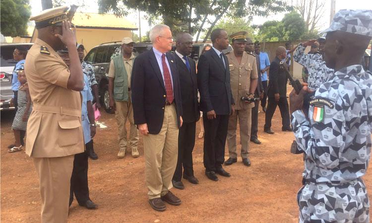 Evaluation des projets destinés à renforcer la paix et la sécurité