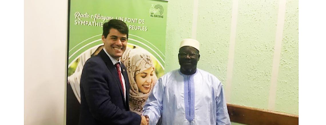 New Public Affairs Officer Mark Weinberg Visits Muslim Radio AlBayane