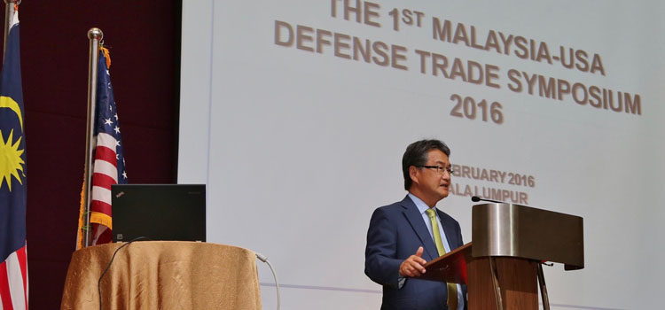 Ambassador Yun speaking at the first annual U.S.-Malaysian Defense Trade Symposium. (U.S. Embassy photo)