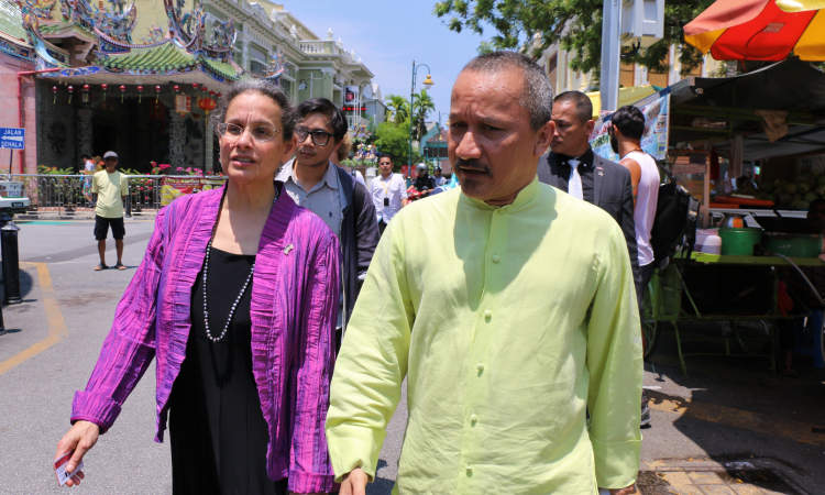 Ambassador Kamala Shirin Lakhdhir with Joe Sidek, Founder of George Town Festival. (U.S. Embassy photo)