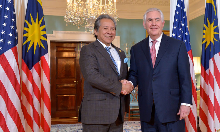 Secretary Tillerson Shakes Hands With Malaysian Foreign Minister Dato' Sri Anifah Aman. (State Department photo)