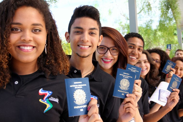2015 Youth Ambassadors show their passports