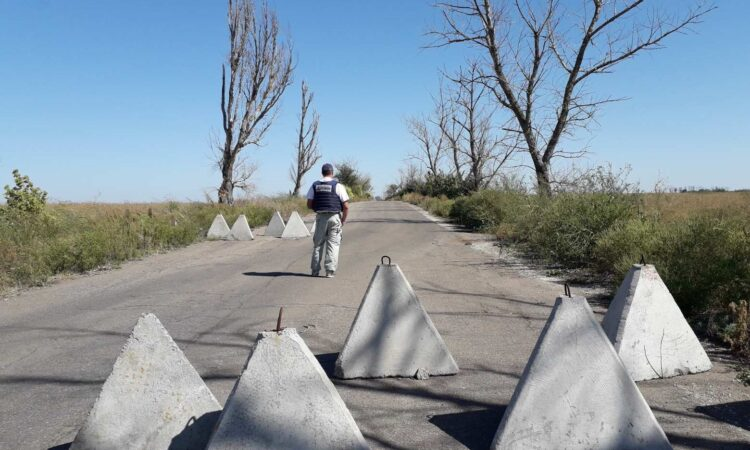 Russia-led forces routinely impede the work of the Special Monitoring Mission. Again this week, the SMM reported multiple instances of restrictions imposed upon its Freedom of Movement. (OSCE Photo)