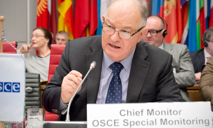 Ambassador Ertugrul Apakan, the OSCE's Chief Monitor in Ukraine, updating the Permanent Council, Vienna, December 1, 2016. (USOSCE/Vanja Ban)