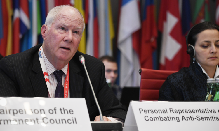Rabbi Andrew Baker, Personal Representative of the OSCE Chairperson-in-Office on Combating Anti-Semitism, speaking at the OSCE Permanent Council on Thursday, October 18, 2018, Vienna, Austria. (USOSCE/Colin Peters)