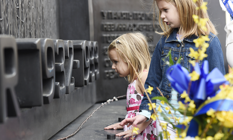 Children at the Holodomor Memorial in Washington, D.C., in 2016. (AP Photo/Sait Serkan Gurbuz)
