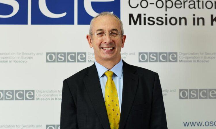 Ambassador Michael Davenport, Head of the OSCE Mission in Kosovo, Prishtinë/Priština, 22 March 2021. (OSCE/Yllka Fetahaj)