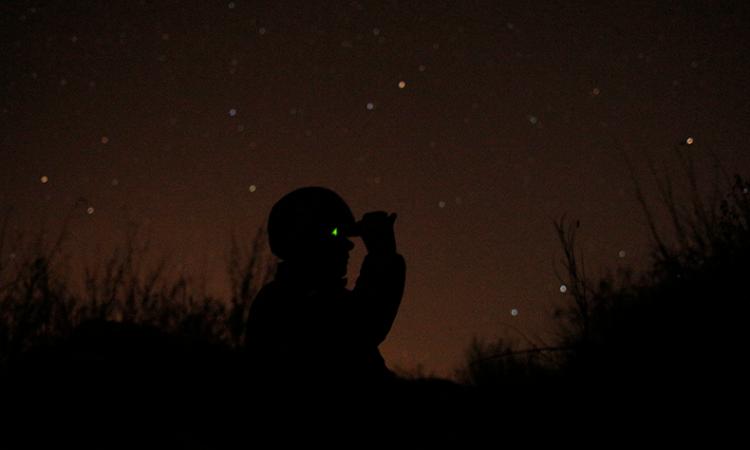 ukrainianSoldier at night