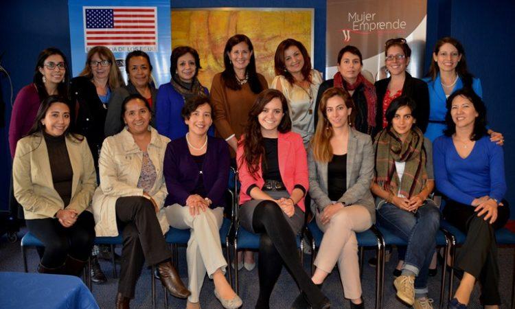 Mujeres emprendedoras de Quito que participaron en el taller auspiciado por la Unidad Comercial