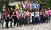 Estudiantes de los programas de microbecas de inglés participaron en un campamento de inmersión en inglés en Mindo