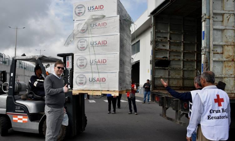 Ayuda humanitaria de USAID llega para las víctimas del terremoto en Ecuador
