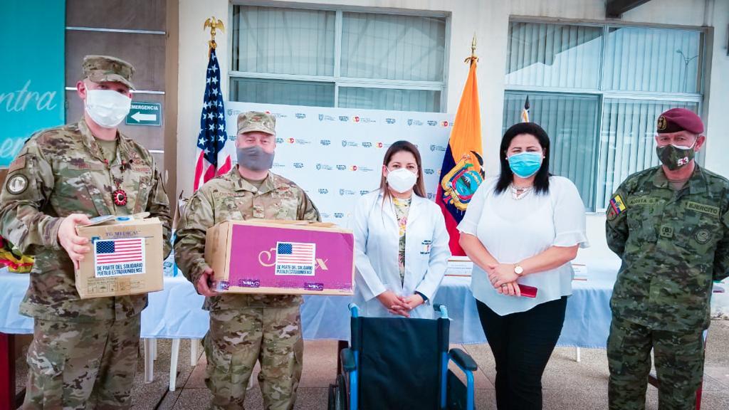 La Embajada de los Estados Unidos entregó insumos médicos a dos hospitales en Orellana y Sucumbíos