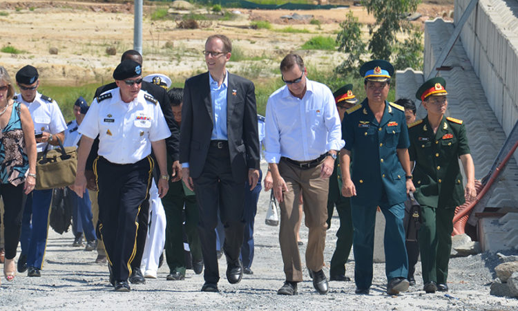 General Martin Dempsey visits the Danang dioxin remediation site