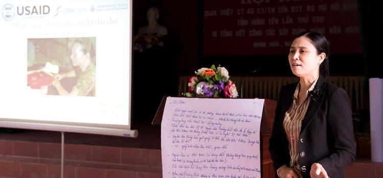 Bộ công cụ tập huấn giúp tăng cường tiếp cận quyền đất đai cho phụ nữ Việt Nam
