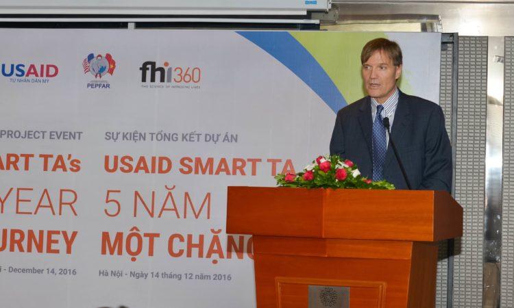 Giám đốc USAID Việt Nam Michael Greene phát biểu tại hội thảo USAID SMART TA.