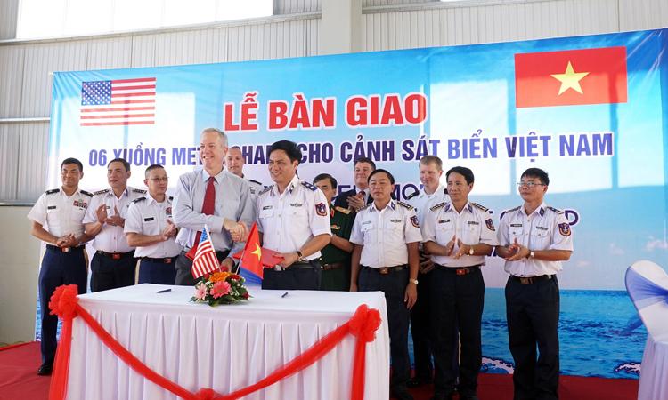 Hoa Kỳ chuyển giao 6 xuồng tuần tra biển cho Cảnh sát Biển Việt Nam