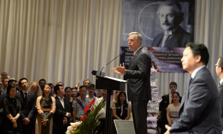 Ambassador Osius giving remarks at the U.S. Independence Day Celebration