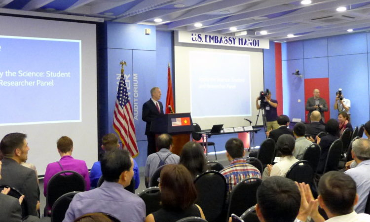 Ambassador Osius Giving Remarks at the USAID Vietnam Scientific Research Community Workshop