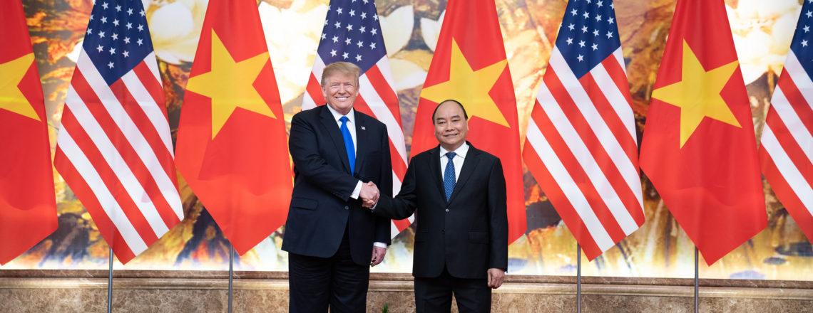 President Trump Meets With Prime Minister Nguyễn Xuân Phúc