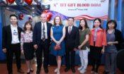 Cộng đồng Đại Sứ Quán Hoa Kỳ trao tặng Món quà Cuộc sống trong Ngày hội Hiến máu nhân dịp Tết Nguyên Đán