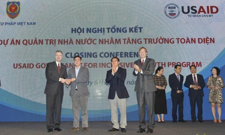 USAID hoàn thành dự án Quản trị Nhà nước nhằm Tăng trưởng Toàn diện