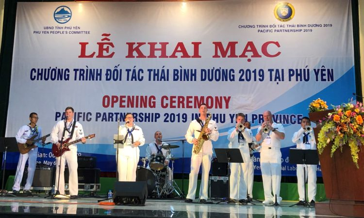 Pacific Partnership 2019 Continues with Welcoming Ceremony in Tuy Hoa