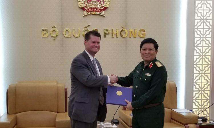 Assistant Secretary of Defense for Asian and Pacific Security Affairs for the United States, Randall G. Schriver meeting with Vietnamese Defense Minister, General Ngo Xuan Lich