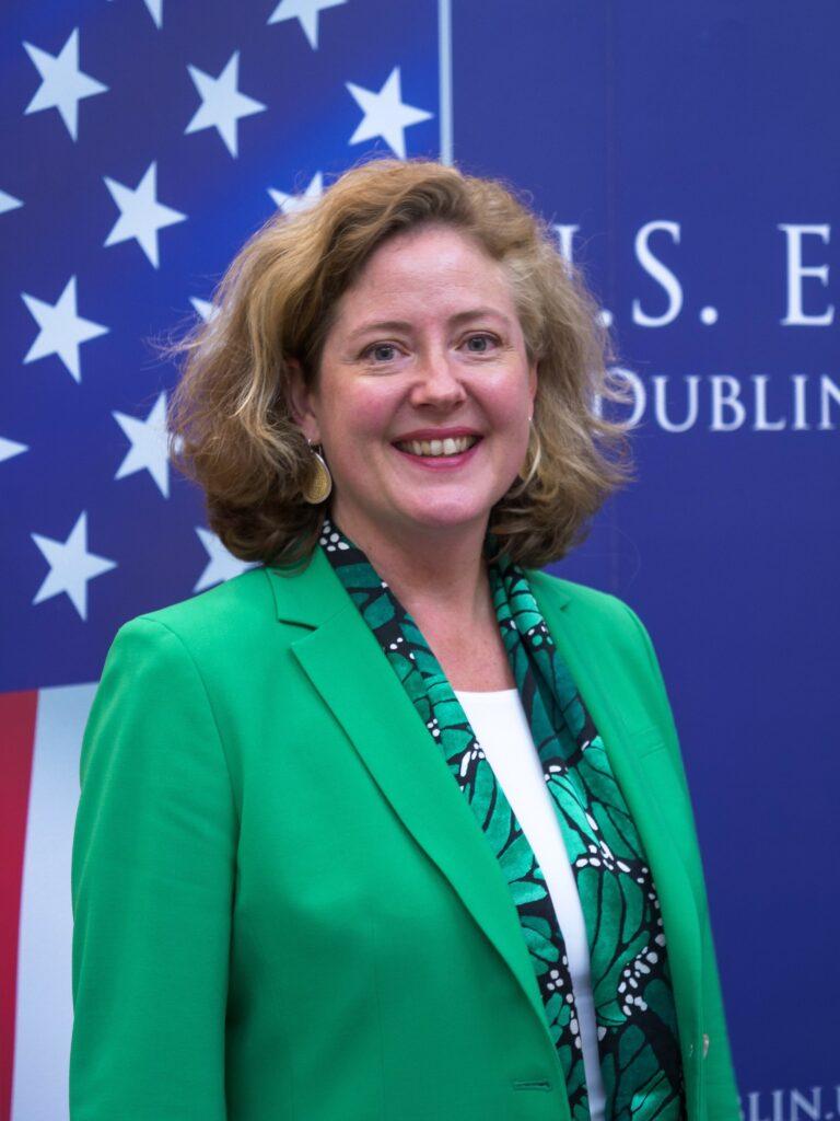 Photo of Chargé D'Affaires Alexandra McKnight