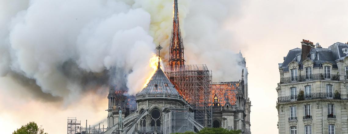 Incendie de Notre-Dame : la Maison-Blanche adresse des paroles de réconfort aux Français