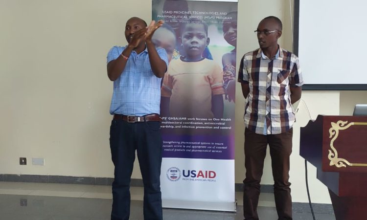 PHOTO – U.S. hand hygiene demonstration as part of USAID's MTaPS training for master trainers
