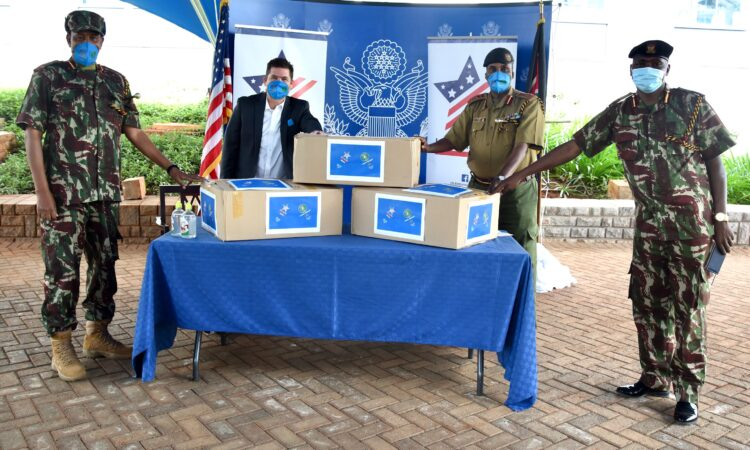 Photo 1 – U.S. Ambassador Kyle McCarter donates 40,000 USAMarafiki face masks to Kenya Border Police Unit