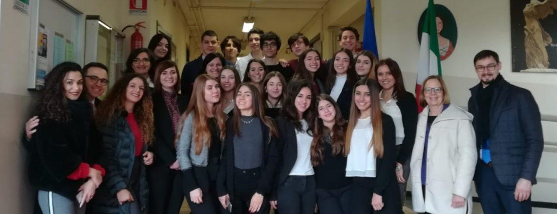 USUN Rome Mentors Liceo Democrito Students Representing the U.S. in WFP-Based Model UN