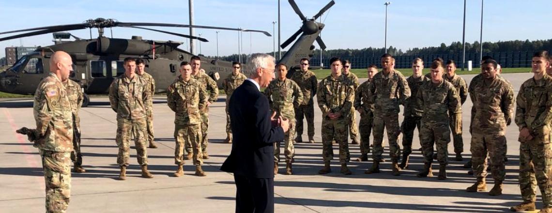 Ambassador Carwile Meets with U.S. and Latvian troops at Lielvārde Air Base.