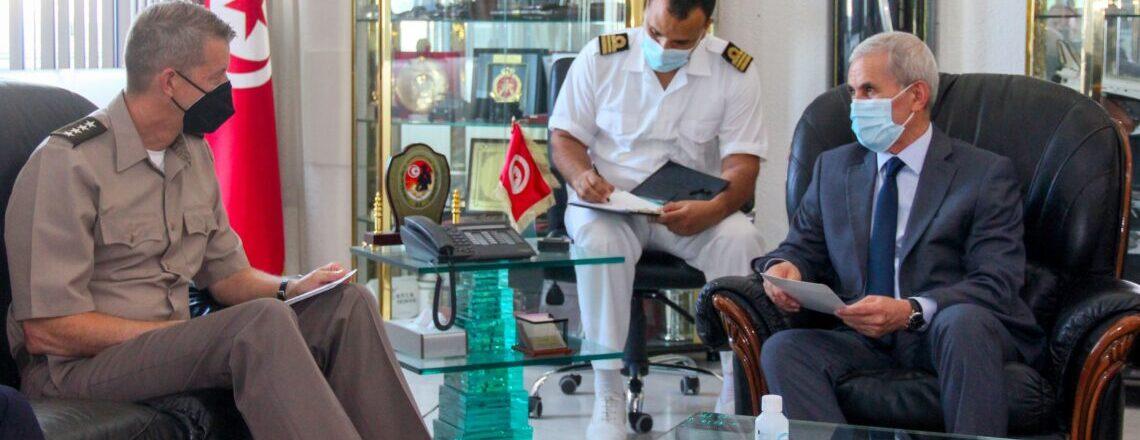 La visite du général Hokanson en Tunisie
