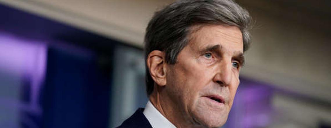 L'inviato speciale per il clima John Kerry incontra il presidente russo Putin