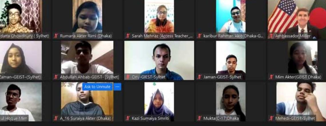 200 New Students Graduate from English Access Microscholarship Program