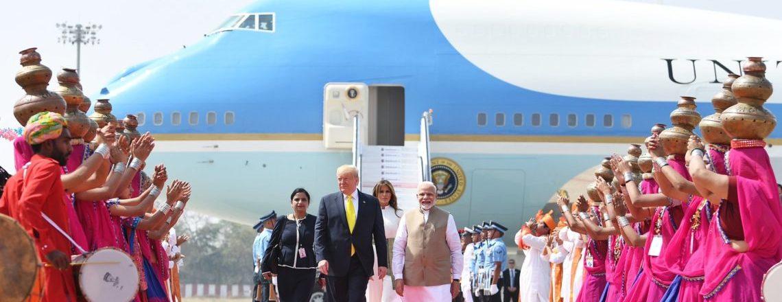राष्ट्रपति डोनाल्ड जे. ट्रंप भारत में आपका स्वागत है