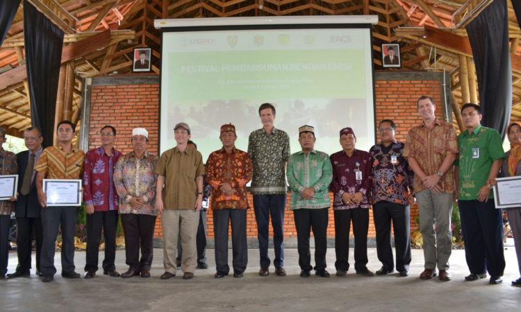 Perjalanan Duta Besar Blake ke Kalimantan Tengah (State Dept.)