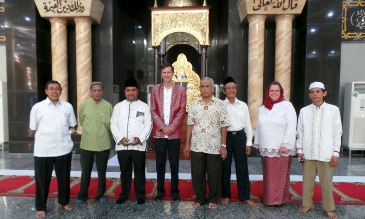 Ambassador Robert O. Blake, the U.S. Ambassador to Indonesia, and U.S. Consul General Heather Variava visited Ambon (State Dept.)