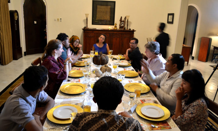 Consul General Heather Variava and Minister Counselor for Public Diplomacy Judith Moon celebrated Thanksgiving (State Dept.)