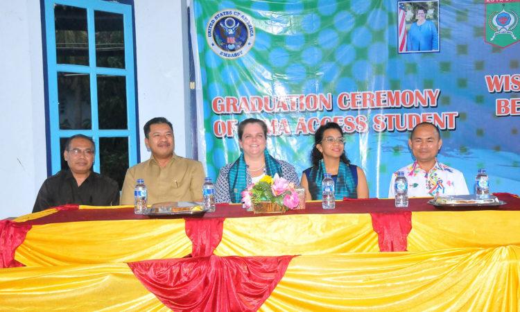 Consul General attends Access Graduation in Madura and Bima (State Dept.)