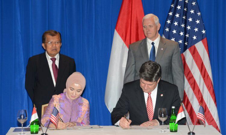 U.S. Vice President Pence Visit to Indonesia (State Dept./Erik Kurniawan)